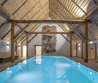 Das Schwimmhaus im Alfen Saunaland in Rieste